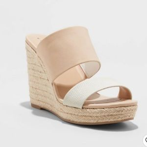 A New Day Adelina Two Band Espadrille Wedges Sz 6